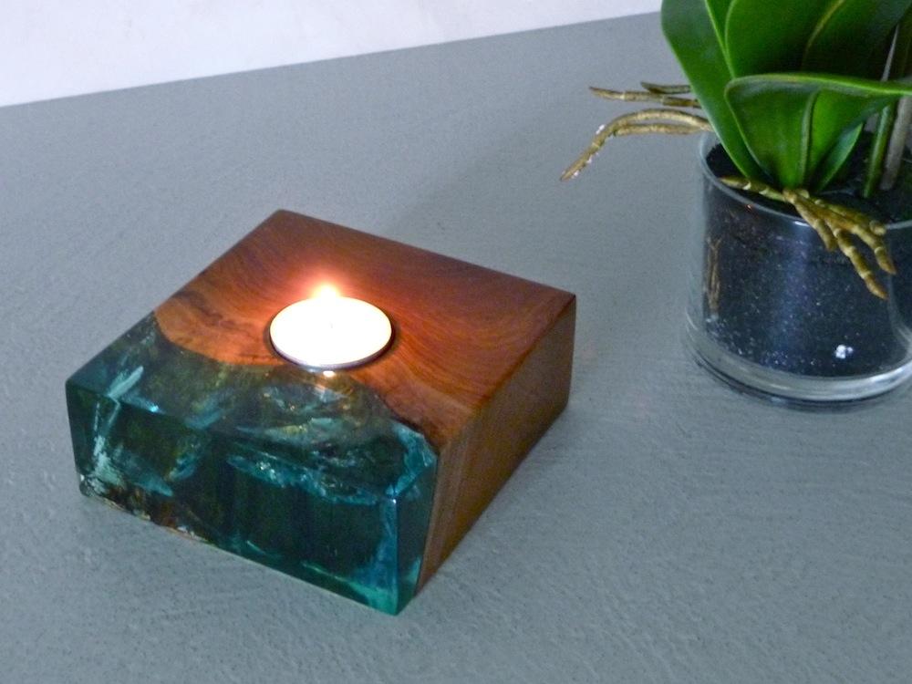 leuchter oder teelichhalter aus teakholz m resinglas oder klarem kunstharz holz ebay. Black Bedroom Furniture Sets. Home Design Ideas